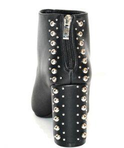 Madden Girl | נעל ניטים מאדן גירל