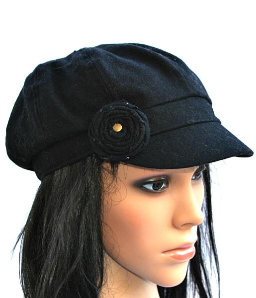 AUGUST HAT   כובע קסקט שחור ורוד אוגוסט הט