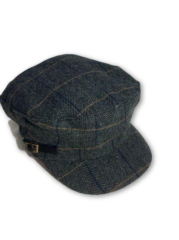 AUGUST HAT | כובע קסקט משבצות אפור אוגוסט הט