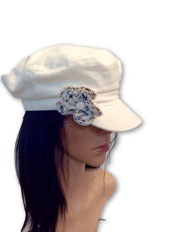 AUGUST HAT | כובע אופוויט פרח לבן אוגוסט הט