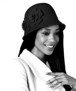 NINE WEST   כובע נשים פרח שחור ניין ווסט