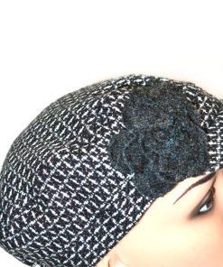 COLLECTION   כובע קסקט שחור/לבן פרח קולקשיין