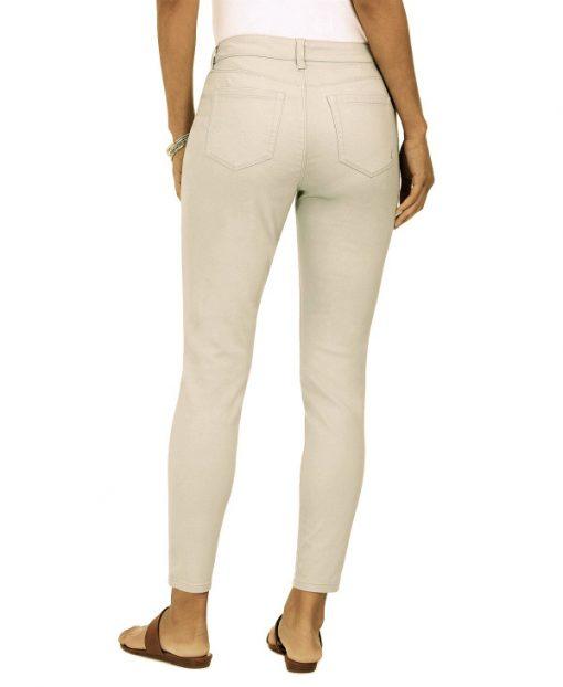 Style  ג'ינס דק סטואון סטייל
